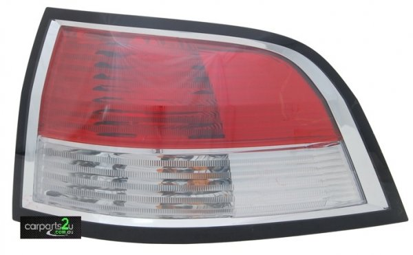 TO SUIT HOLDEN COMMODORE VF  TAIL LIGHT  RIGHT - BRAND NEW RIGHT HAND SIDE TAIL LIGHT TO SUIT HOLDEN COMMODORE VE & VF WAGON MODELS BETWEEN8/2006-CURRENT  - New quality car parts & auto spares online Australia wide with the convenience of shopping from your own home. Carparts 2U Penrith Sydney