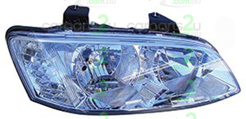 HEAD LIGHT RIGHT BRAND NEW RIGHT HAND SIDE CHROME TYPE HEAD LIGHT FOR HOLDEN COMMODORE VE SERIES 2 ONLY (NO PROJECTOR TYPE)